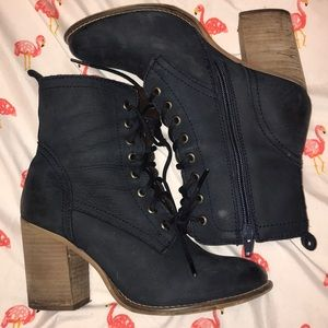 Lace up Steve Madden booties